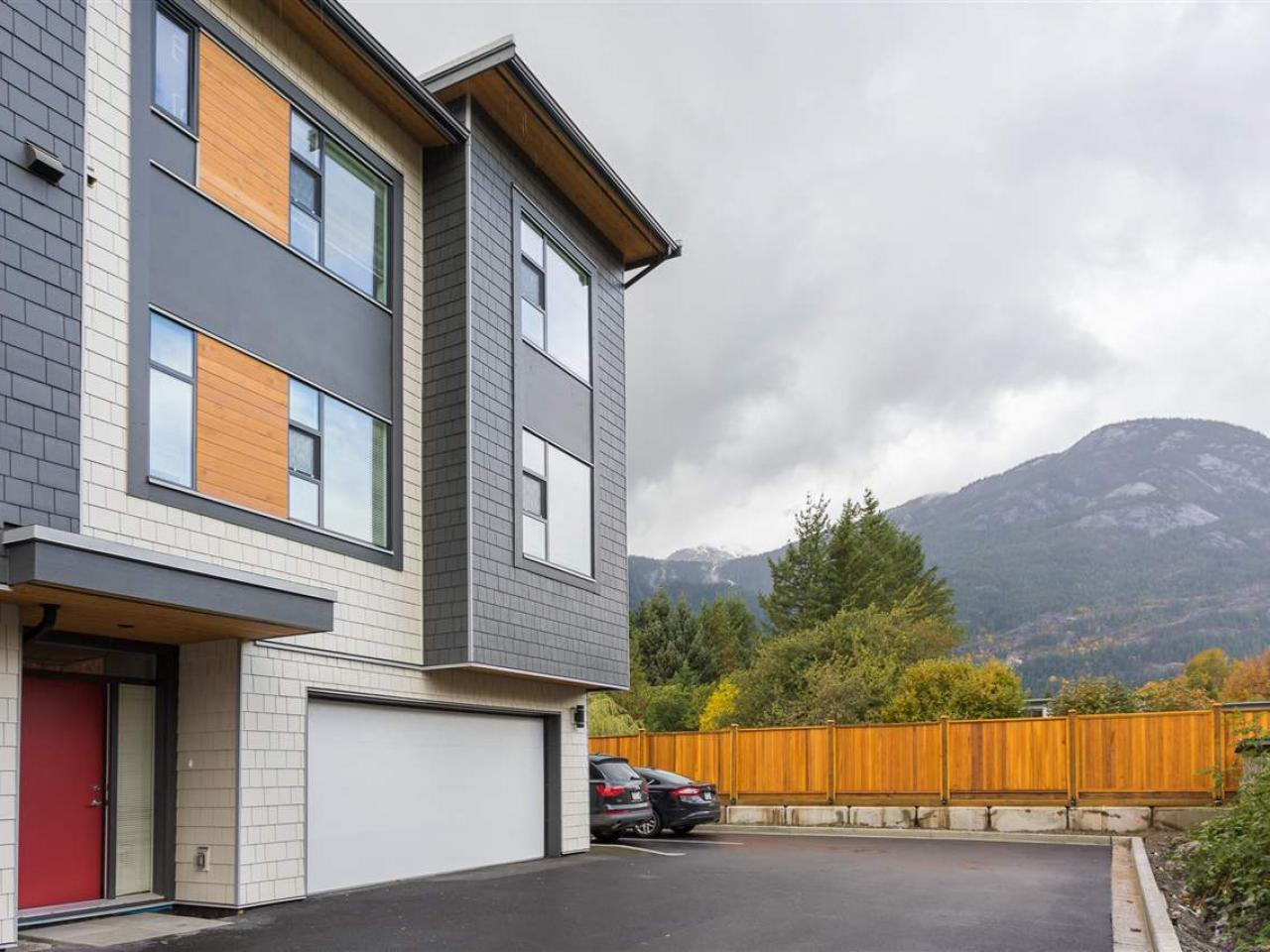 11 - 38447 Buckley Avenue, Downtown SQ, Squamish