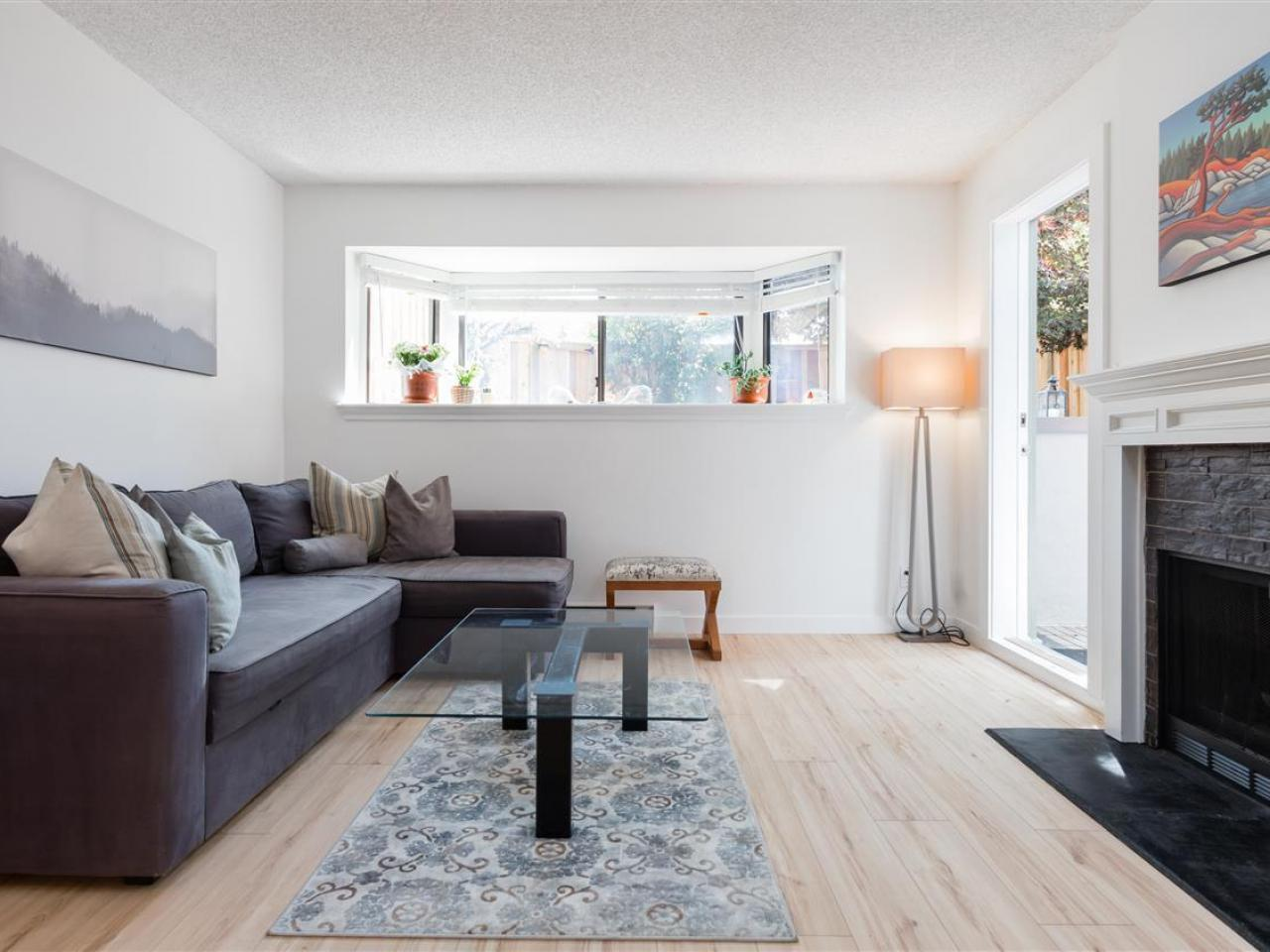 2 - 3437 W 4th Avenue, Kitsilano, Vancouver West